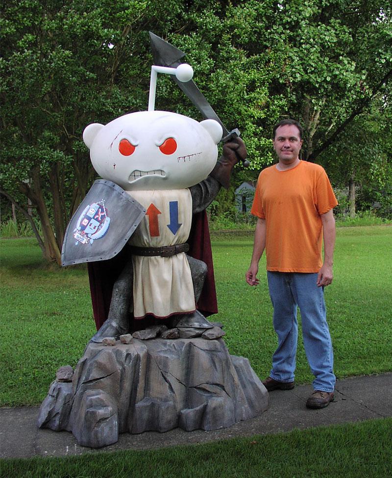 Reddit Alien Knight Full Size Statue