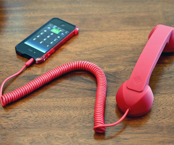 retro-corded-iphone-handset