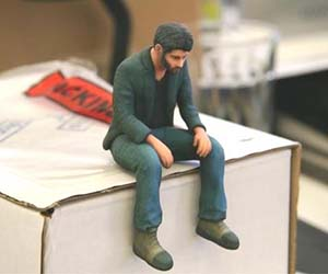 sad-keanu-figurine