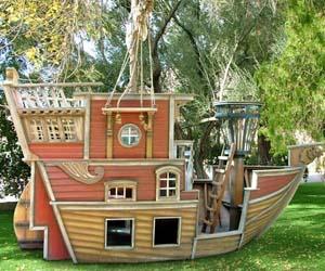 sailboat-playhouse