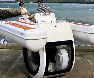 Semi-Submarine Boat