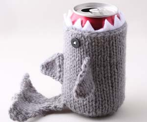 shark-drink-cozy