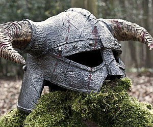 skyrim-helmet