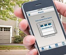 smartphone-garage-door-remote