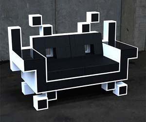 space-invaders-couch.jpg