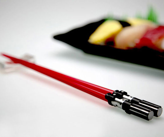 star-wars-lightsaber-chopsticks