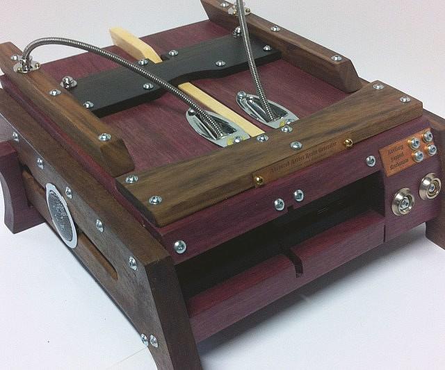 steampunk-playstation-4-case
