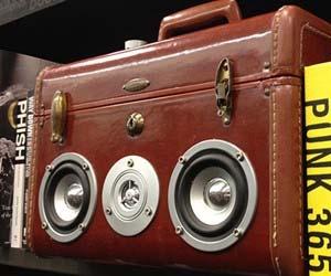 suitcase-speakerbox
