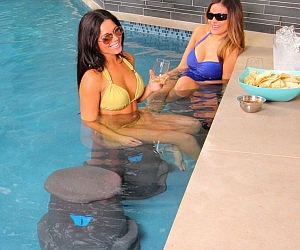Swimming Pool Bar Stools
