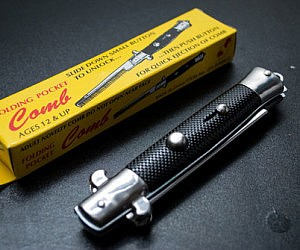 Switchblade Hair Comb