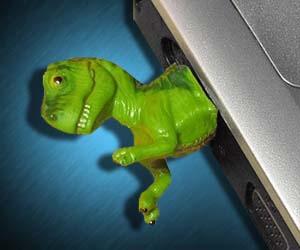 t-rex-dinosaur-usb-drive