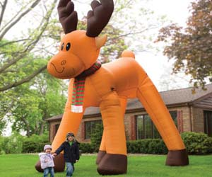 the-two-story-inflatable-reindeer