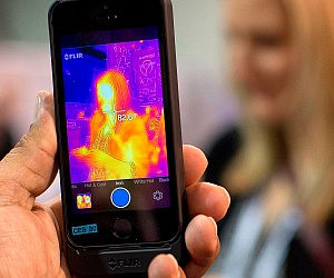 Smartphone Thermal Imaging Device