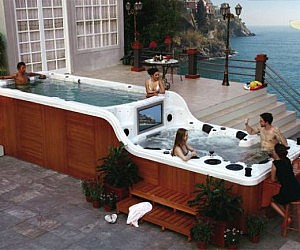Two Level Hot Tub