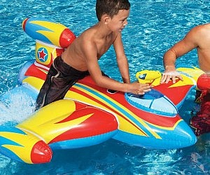 Water Gun Spaceship Pool Float
