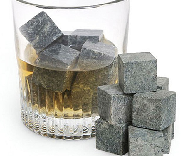 whiskey-ice-cube-stones