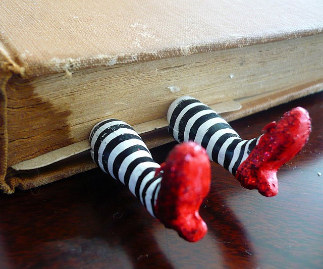 wicked-witch-bookmark