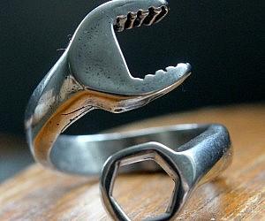 Men's Wrench Ring