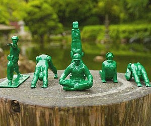 Yoga Pose Green Army Men Toys